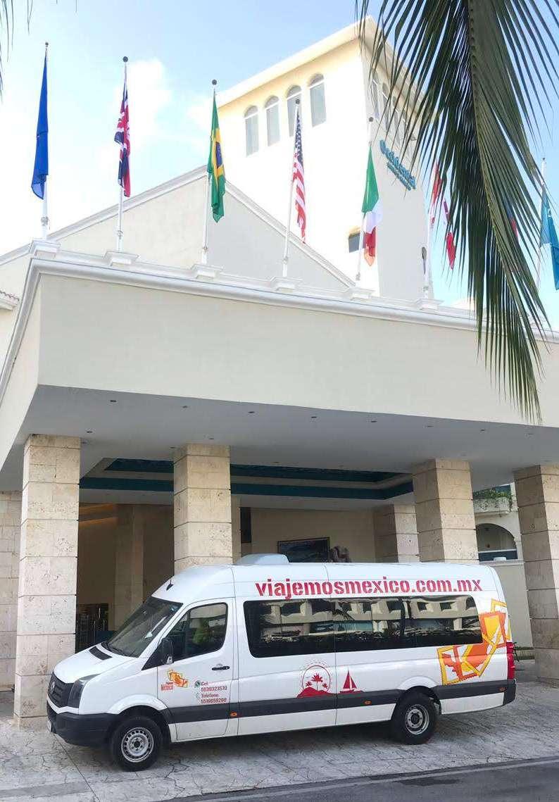 Renta de Camionetas con chófer en Cancún